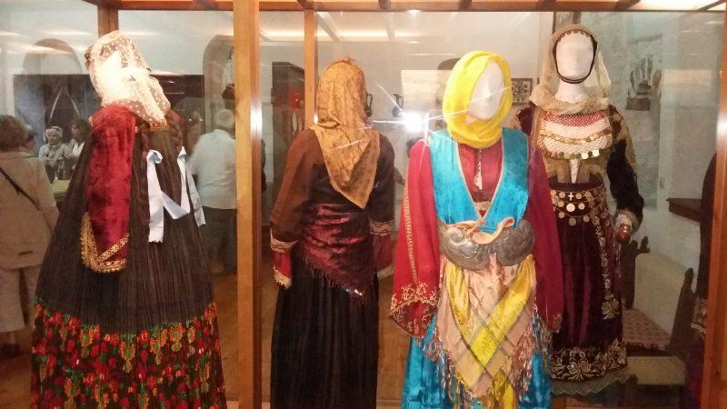 Λαογραφικό Μουσείο Στεμνίτσας: Παραδοσιακές φορεσιές
