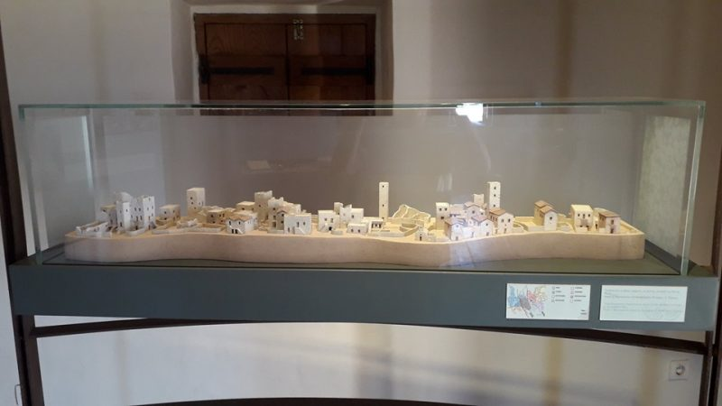 Πύργος Μούρτζινων-Τρουπάκιδων, Καρδαμύλη (3)